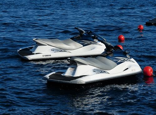 Noleggiare moto d'acqua